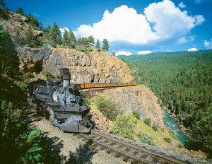 IMAGE OF TRAIN ON RAILS